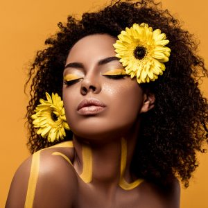 LOOK LIVE : Hair flower power
